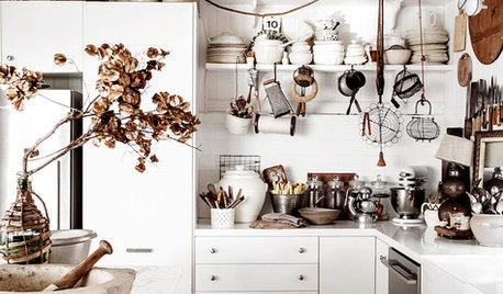 How Your Kitchen Storage Can Pack a Punch