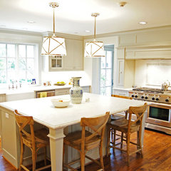 traditional kitchen by Kara Weik