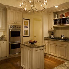 Traditional Kitchen by Karen Luria Interior Identity Inc.