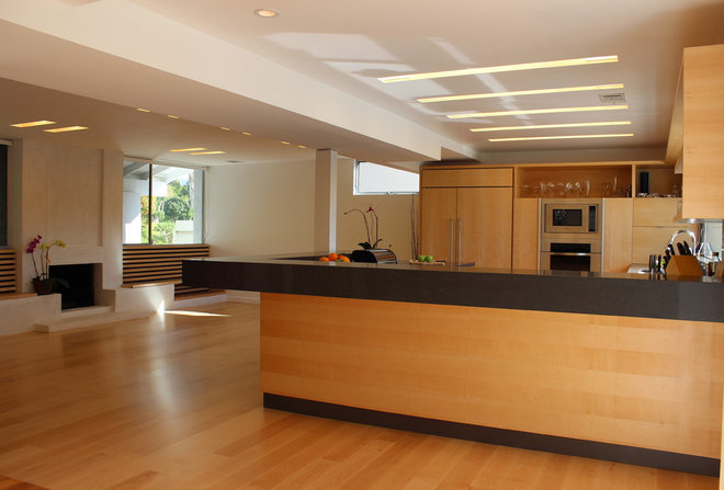 Contemporary Kitchen by FLOCK ARCHITECTURE