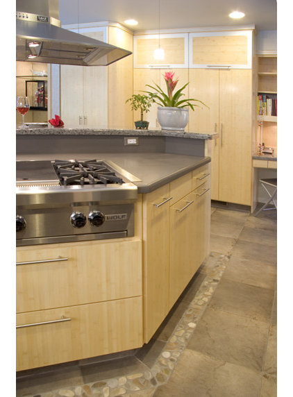 modern kitchen by Kathy Bate, ASID, CID