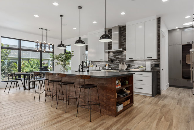 Contemporary Kitchen by Steven Dailey Construction