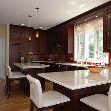 Kitchen by Kitchens & Baths Unlimited