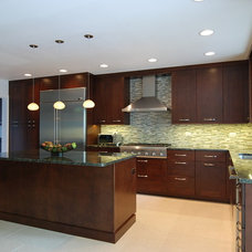 Kitchen by Kitchens & Baths Unlimited