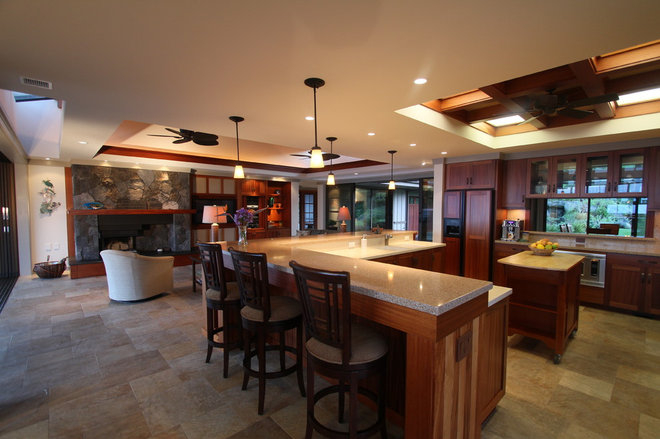 Asian Kitchen by Dinmore & Cisco Architects, Inc.