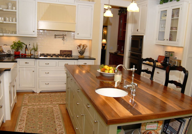Traditional Kitchen by Cole Design Studio, LLC