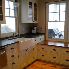 Farmhouse Kitchen by henhouse
