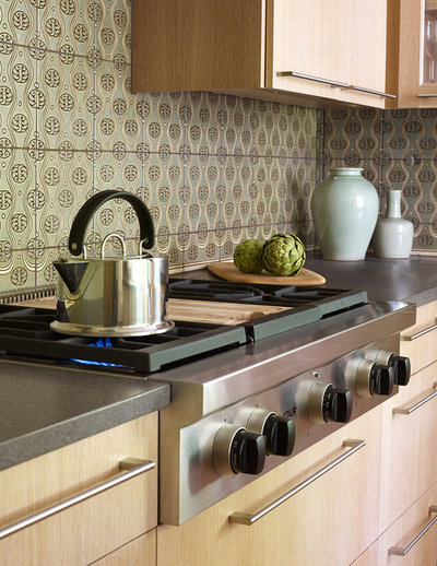 Transitional Kitchen by Kelly Cleveland Interiors