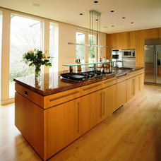 Contemporary Kitchen by Arthur Dyson Architects