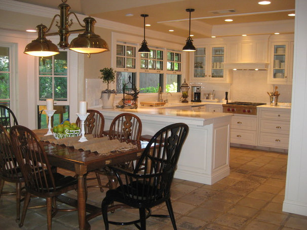 Traditional Kitchen Kelly Ryan Molthen
