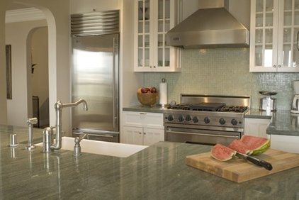traditional kitchen by Kelly Scanlon Interior Design