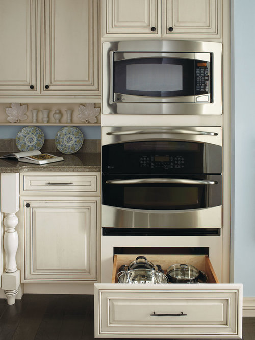 Double oven cabinet houzz for Double oven and microwave cabinet