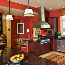 Traditional Kitchen by Phinney Design Group