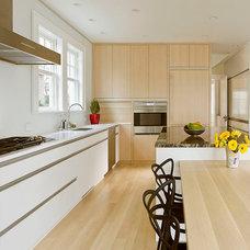 Contemporary Kitchen by Peterssen/Keller Architecture
