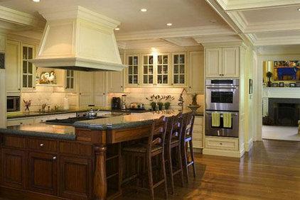 Traditional Kitchen by David Ludwig - Architect