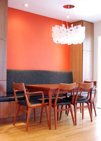 Contemporary Kitchen by design studio HODGSON