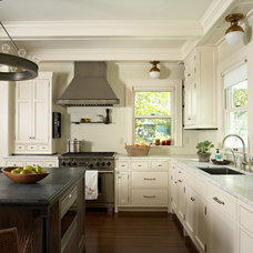Traditional Kitchen by Rehkamp Larson Architects, Inc.