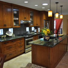 Contemporary Kitchen by Harding Construction & Sustainable Solutions