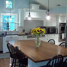 traditional kitchen by Kevin Quinlan Architecture LLC