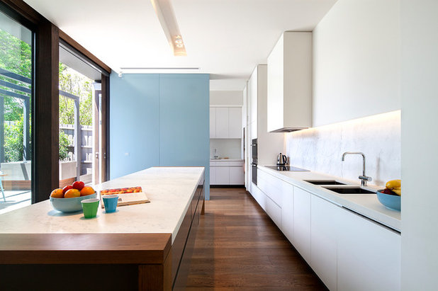 Contemporary Kitchen By Hilary Bradford Photography