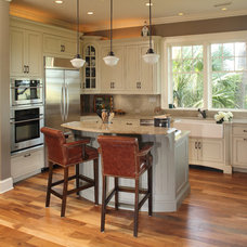 Traditional Kitchen by Spivey Architects, Inc.
