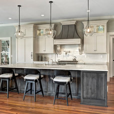 Traditional Kitchen by Harper Construction Inc.