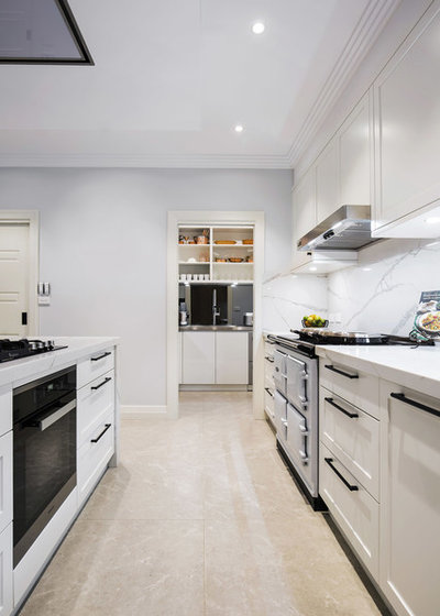 Modern Kitchen by Dan Kitchens Australia