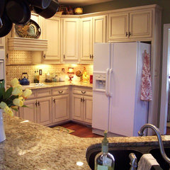 traditional kitchen Kim Nichols