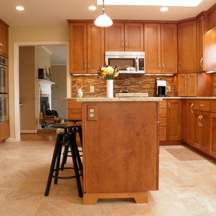 Contemporary kitchen ideas - Example of a trendy kitchen design in DC Metro