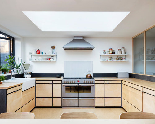 Scandi L Shaped Kitchen/diner In London With A Belfast Sink, Flat