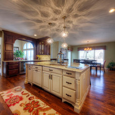 Traditional Kitchen by Henry Plumbing
