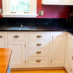 Hinsdale Farmhouse Kitchen Remodel - Traditional - Kitchen - Chicago - by Drury Design