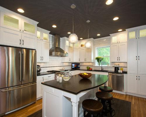 Mid Sized Urchin Kitchen Design Ideas Renovations Photos