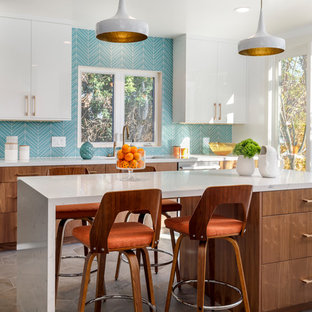 75 Most Popular Midcentury Modern Kitchen With Glass Tile Backsplash
