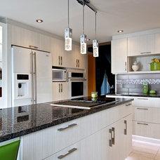 Contemporary Kitchen by Reno M3 design