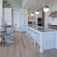 Transitional Kitchen by 360-Vip Photography