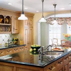 Traditional Kitchen by Lauren Ostrow Interior Design, Inc