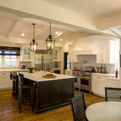 traditional kitchen by Abbott Moon