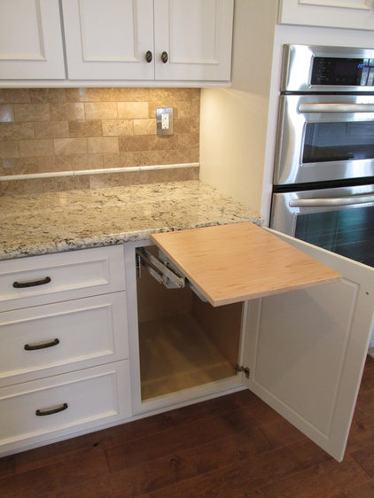Traditional Kitchen by WoodArt Fine Cabinetry