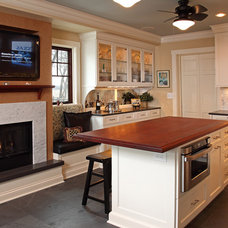 Traditional Kitchen by Home Tailors Building & Remodeling