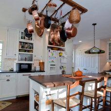 Traditional Kitchen by Carosella Design Build, Ltd.