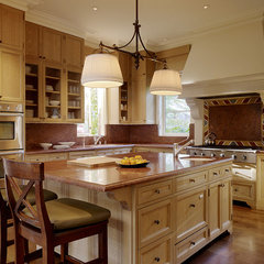 mediterranean kitchen by Alderson Construction
