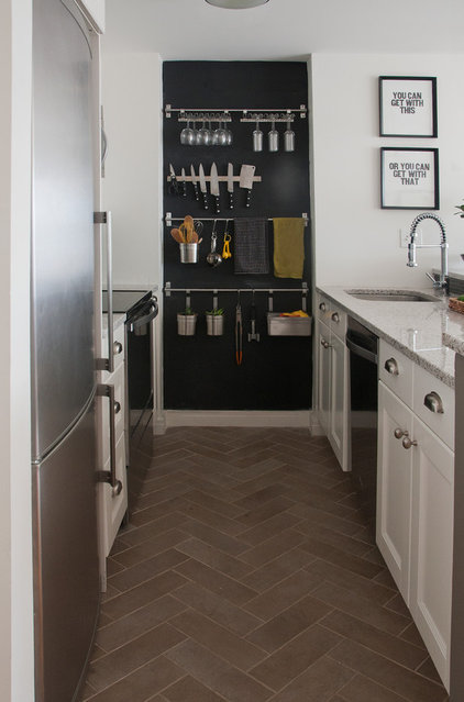 Contemporary kitchen by stephanie sabbe for Houzz small kitchens