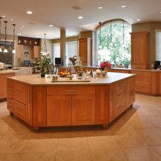 Modern Kitchen Cabinets by StyleCraft Cabinets