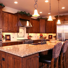 Traditional Kitchen by Kelly Cross