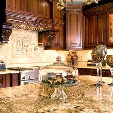 Traditional Kitchen by Jennifer Reynolds - Jennifer Reynolds Interiors