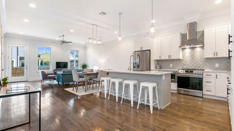 Kitchen & Dining Staging
