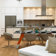 modern kitchen by David Churchill - Architectural  Photographer