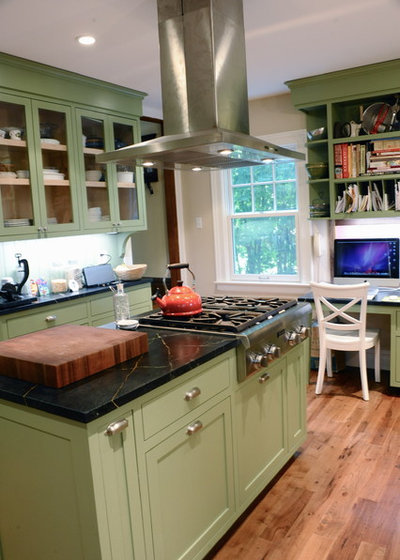 traditional kitchen kitchen and family room renovation what to watch out for painting cabinetry