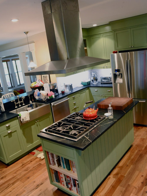 Sage green kitchen cabinets home design ideas pictures for Green kitchen cabinets